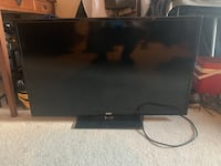 black flat screen TV with remote Woodbridge, 22191
