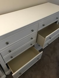White wooden 6-drawer dresser 3152 km
