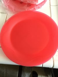 Red plastic plates Canyon Country, 91387