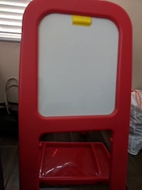 red and white easel board null
