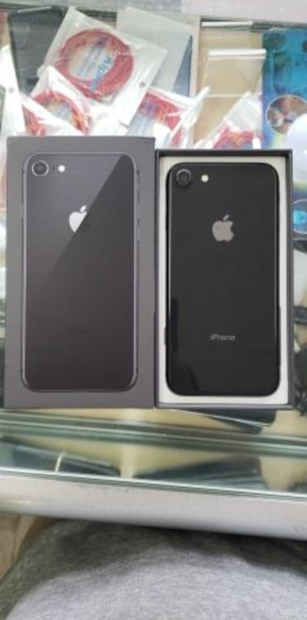 IPHONE8 64GB 0