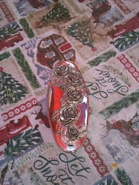 Verry nice silver an red in side julary box