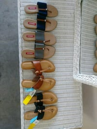 Womans sandals size 6 Myrtle Beach, 29588