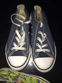 pair of blue Converse low-top sneakers Hubert, 28539