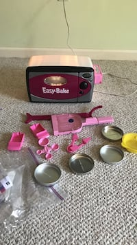 Kids Easy bake oven with all accessories Clarksville, 21029