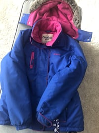 Oshkosh winter Jacket  for girls very warm size 12 use it for one winter only, paid over $100 for it will drop it off in the GTA area Toronto, M5M 2Z5