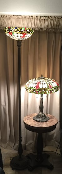 Elegant Set of Tiffany Style Lamps - Table and Floor Matching Set in Perfect Condition Laguna Niguel, 92677