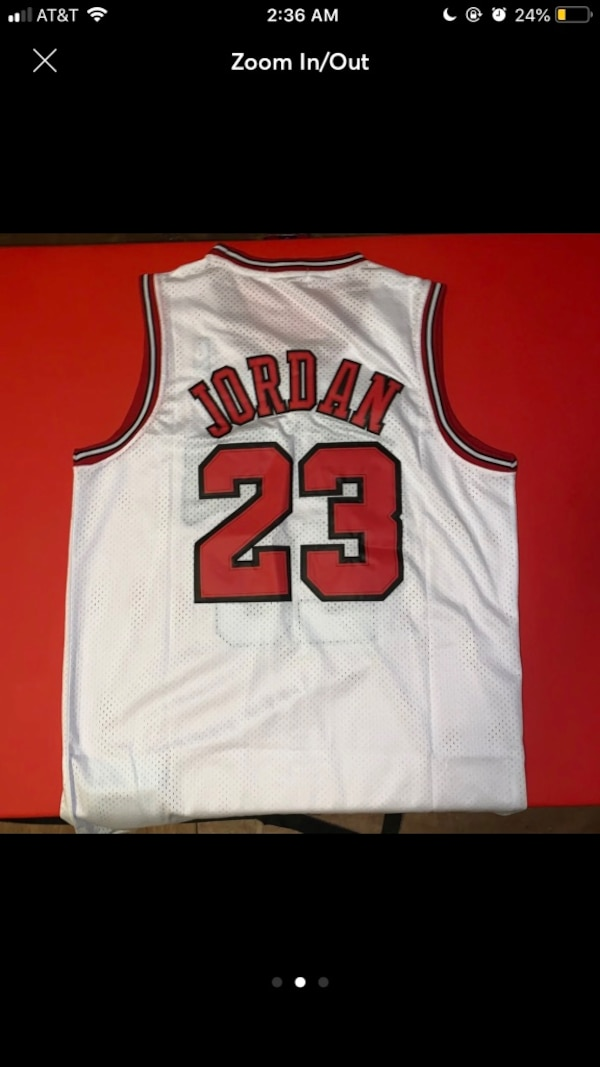 AUTHENTIC Chicago Bulls 97-98 MJ Road Jersey. 871b4c76-9a28-42f8-846c-8200c85e63c1