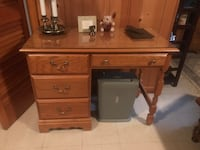 Wood 5-Piece twin bedroom set. Excellent condition, brass handles, glass tops. Meticulously maintained. Weymouth, 02190