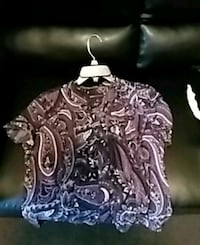 black and white floral print shirt Cleveland, 44103