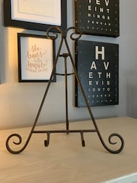 Metal Picture or Recipe Book Holder
