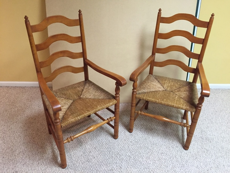 Vintage Stickley Maple Dining Room Chairs With Rush Seat.