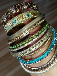 11 bangles varieties with stones Oshawa, L1K 0B9