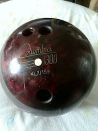 Columbia 300 Bowling Ball