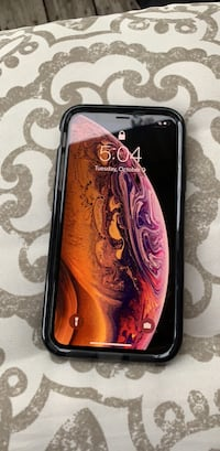 Brand New iPhone XS Gold 256GB. Tach21 Case Included Montgomery, 36117