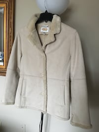 women's white and beige collar jacket
