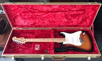 white and black electric guitar Melbourne, 32901