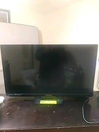 "Magnavox 32"" flat screen TV with remote Riverdale, 30274"