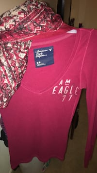 Scarf with the American eagle shirt small Hagerstown, 21742