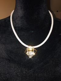 gold-colored necklace with pendant McAllen, 78504