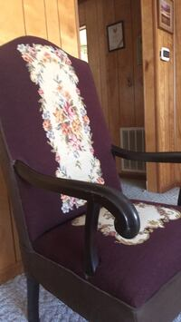 B Antique chair Watervliet, 49098