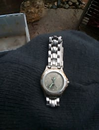 Fossil womans watch 2345 mi
