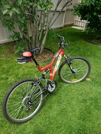 red and black full-suspension mountain bike High River, T1V