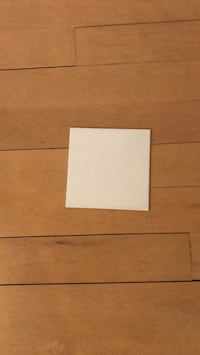 "White glossy ceramic tiles 6"" x 6""  30 pieces   Montréal, H1H 4T2"