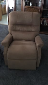 brown fabric padded sofa chair Los Angeles, 91040
