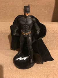 DC COLLECTIBLES DARK KNIGHT BATMAN 1/4 STATUE
