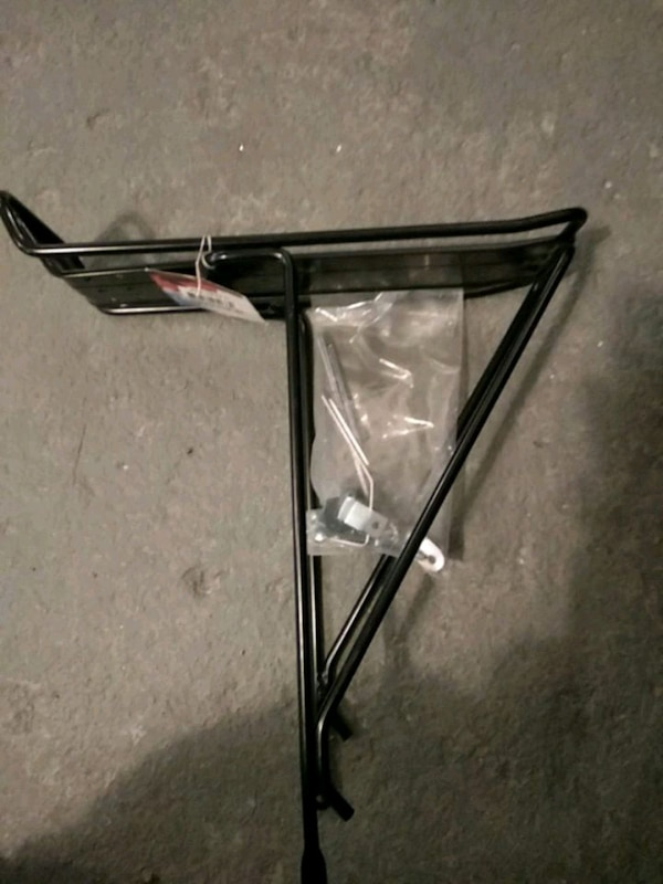 Trace 700c rear carrier for bicycles 5b50151d-9a0e-48ee-ae50-81d7cddcca76