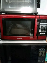 Emerson microwave Red...New 150...never used Wilmington, 28405
