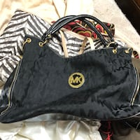 Michael kors black and gold Celina, 75009
