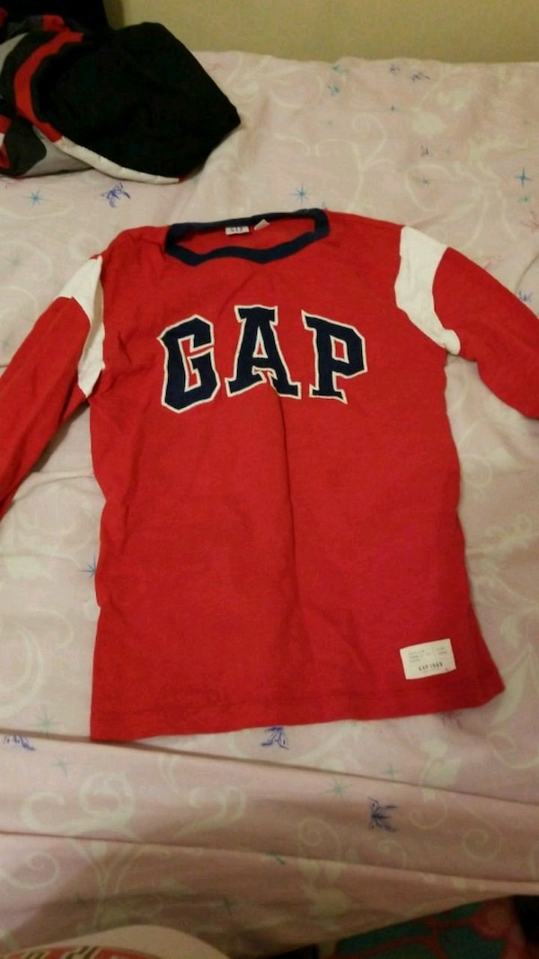 d0b3177ad48 Used Gap shirt for sale in Jonesboro - letgo