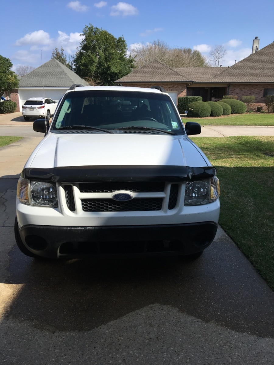 2005 ford explorer sport trac xls truck low mileage in marrero letgo. Cars Review. Best American Auto & Cars Review