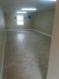 COMMERCIAL For Rent Studio 1BA 1487 km