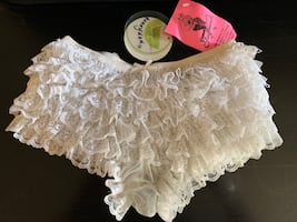 Women's Honeydew Lace Bootie Shorts Size SM