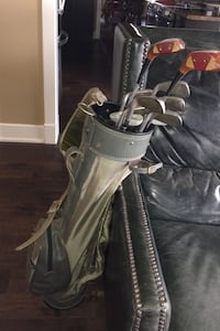 Golf clubs with bag and balls