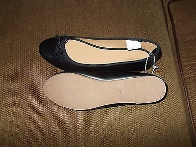 "Photo Ladies black flat shoes ""New"