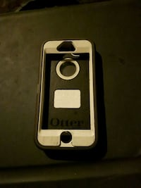 white and black Otter Box iPhone case Vernon, V1T 1T1