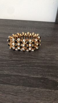 gold and diamond studded bracelet Montréal, H3J 1E1