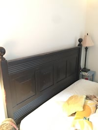 Queen size Headboard wooden (Pier 1 Imports) Washington, 20002