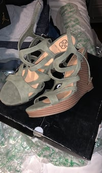 Wedges size 11