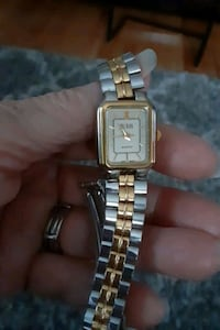 STLS STEEL BILL BLASS WATCH. QUARTZ Glen Burnie, 21061
