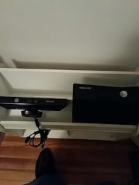 Xbox 360 console and kinect West Hartford, 06119
