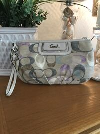 Authentic Large Coach clutch Fall River, 02723