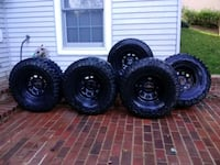 four black auto wheel with tires Woodbridge, 22192