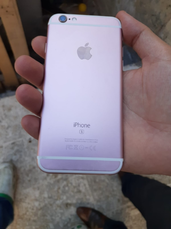 IPHONE 6S 64 GB ROSE GOLD..