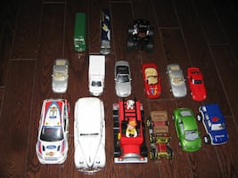 Lot of 14 Toy Cars