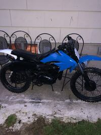 blue and black motocross dirt bike Halethorpe, 21227
